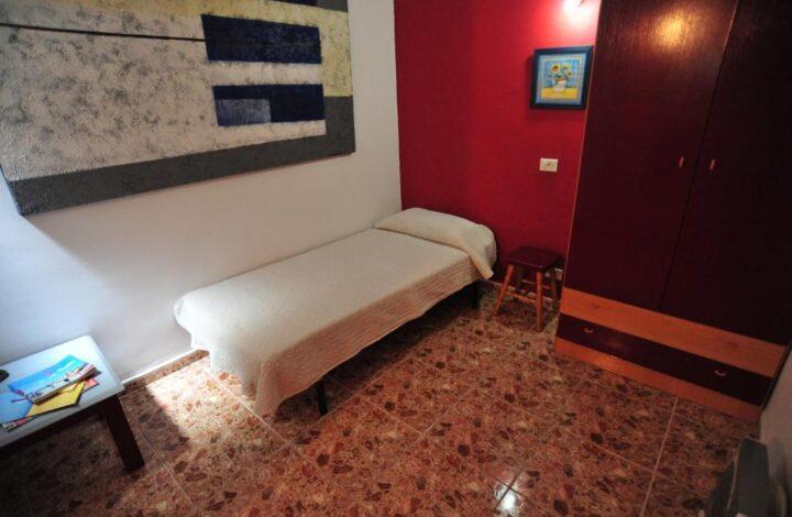 Habitación individual interior (baño privado)